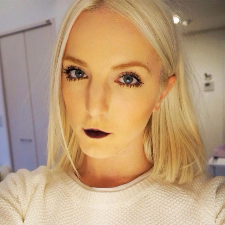 Pretty Vamped Dark Lipstick For Thin Lips | Osharegirl